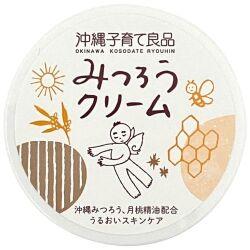 赤ちゃんから大人まで家族で使える天然成分でできた保湿クリーム